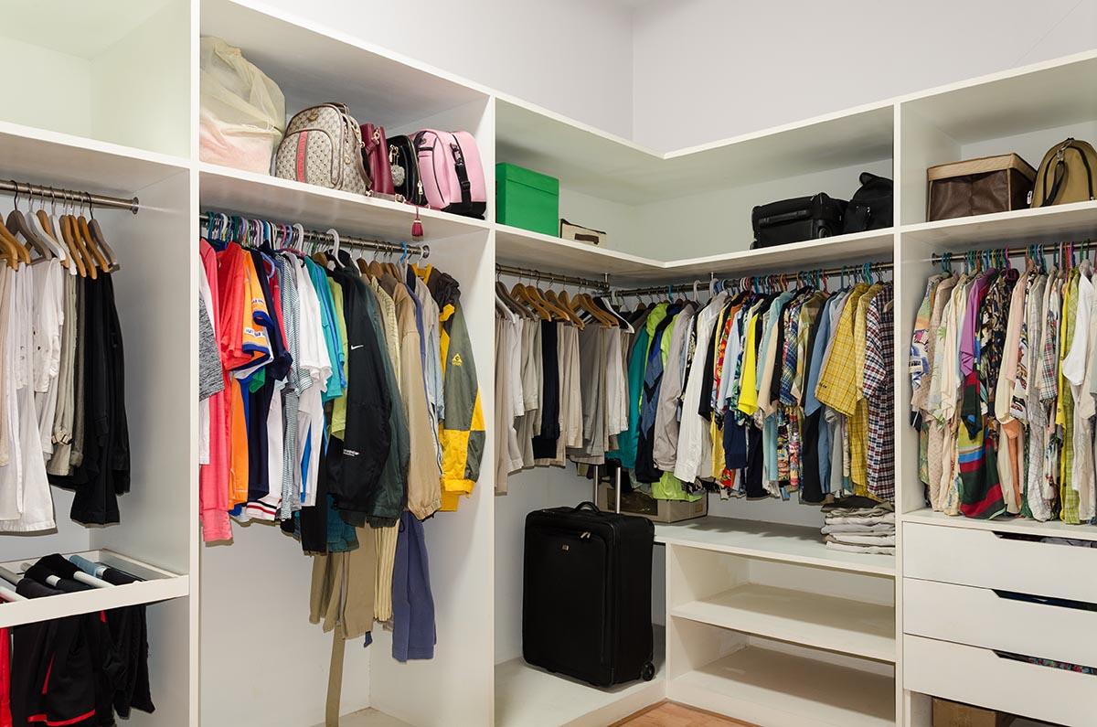 Buriram Walk In Closet