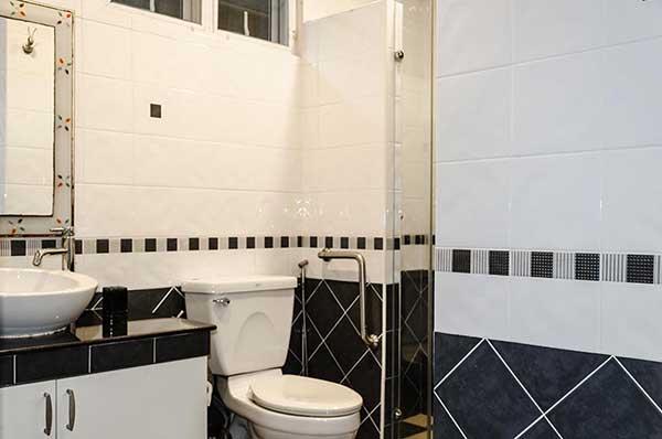 Buriram Ground Floor Bathroom Shower